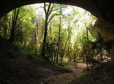grotte de la caborne du boeuf jura